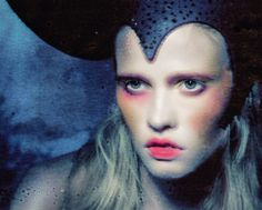 Lara Stone by Paolo Roversi, M LeMonde, November 2012.