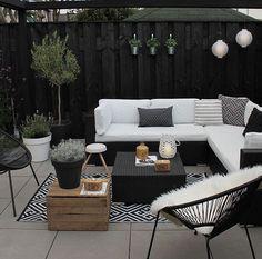Garten & Outdoor Dekor 21 Bohemian Garden Decoration Ideas - Patios and covers - # Bohemian Outdoor Rooms, Outdoor Furniture Sets, Outdoor Decor, White Patio Furniture, Backyard Furniture, Indoor Outdoor, Modern Garden Furniture, Ikea Outdoor, Balcony Furniture