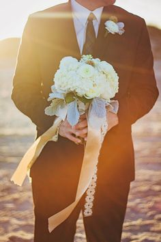 White Bouquet | Beach Wedding | JoAnna Dee Weddings| Iliasis Muniz Photography | Zoe Flowers & Design| South Padre Island, Tx | South Padre Island Photographer