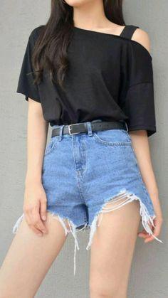Korean Girl Fashion, Korean Fashion Trends, Ulzzang Fashion, Korean Street Fashion, Kpop Fashion Outfits, Cute Fashion, Korean Casual Outfits, Edgy Outfits, Cute Casual Outfits