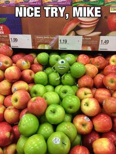 Granny Smith & Gala Apples at Walmart. One Bad Apple Monsters Inc Photobomb - Funny Pictures at Walmart Humor Mexicano, Funny Cute, The Funny, That's Hilarious, Stupid Funny, Funny Pins, Funny Memes, Funny Stuff, Random Stuff