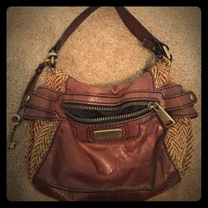 🌟FINAL SALE PRICE🌟FOSSIL Leather & Tweed Purse Great everyday purse! Soft brown leather with tweed detailing on the sides. Has one exterior pocket.  Main compartment has two open pockets for cell phones and anything else you need easy access to. Also includes a privacy zipper pocket on the inside. Some slight wear on leather handle but otherwise in really great condition! Handle is perfect for over the shoulder or carry by hand. Cheaper on Mercari ♏️ (same user name) Fossil Bags Shoulder…