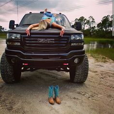 # Diesel GMC & Country Girl http://www.wealthdiscovery3d.com/offer.php?id=ronpescatore