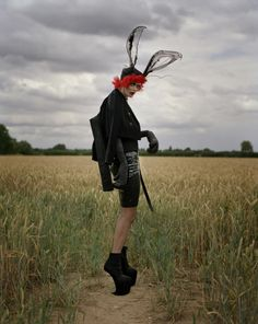 Arte y parte: Tim Walker & Tim Burton: compartiendo mundos de sueño. | itfashion.com