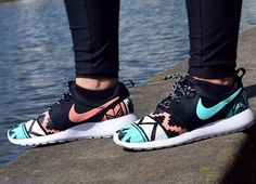 Gallery For > Roshe Runs Women Custom