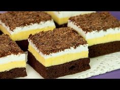 Ice cream cake - I would enjoy this delicate dessert every day … Sweet Cakes, Dessert Recipes, Desserts, Cream Cake, Biscuits, Bakery, Cheesecake, Food And Drink, Yummy Food