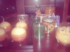 Mi cuarto huele deliciosooo!! nuevas velitas para mi colección :D.   Velas