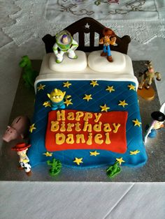 Toy Story cake -  For all your cake decorating supplies, please visit craftcompany.co.uk