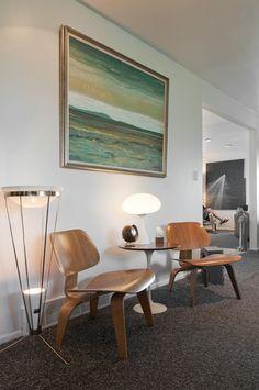 Houzz Home Tour Reveals a Modernica Dealer's Treasure Trove of Mid-Century Modern Furniture