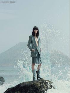 Mojeh Magazine April 2017 Karolina Laczkowska photographed by Francesco Vincenti : fashion editorial fashion photography