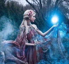 "ilusion-fantasia: ""Magic • "" Beautiful Fantasy Art, Beautiful Fairies, Fairy Photoshoot, Fairy Photography, Fairytale Fantasies, Princess Aesthetic, Shooting Photo, High Fantasy, Fantasy Inspiration"