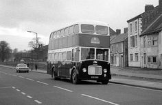 Bishop Auckland, North East England, Local History, Coaches, Buses, Photography, Trainers, Photograph, Fotografie