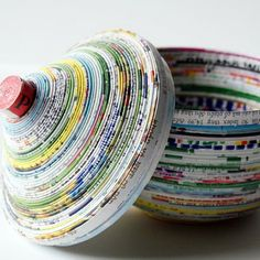 Coiled dish made from magazines.