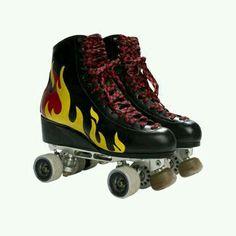 Los patines de Ramiro Best Roller Skates, Retro Roller Skates, Roller Derby Girls, Quad Skates, Rollers, Son Luna, Roller Skating, Swagg, Skateboard
