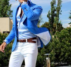 New Summer Style Royal Blue Coat White Pant Mens Suits 2 Pieces(Jacket+Pants+Tie) Groom Groomsman Blazer Costume Homme Prom Blazers, Blazers For Men, Gentleman Mode, Gentleman Style, Mode Masculine, Mens Fashion Suits, Mens Suits, Suit Men, White Pants Men