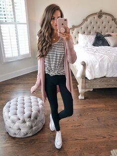 43 cute school outfits ideas in spring this year spring outfits fashion, fa Cute Outfits For School, Cute Casual Outfits, Outfits For Teens, Comfortable Fall Outfits, Simple Outfits, Work Outfits, Fall Winter Outfits, Autumn Winter Fashion, Spring Outfits