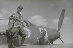 Guards' Captain F.A.Shikunov (1921-1945), Squadron Commander of the 69th Guards' Fighters Regiment (69th GvIAP), 1st Ukrainian Front, Hero of the Soviet Union (posthumously), 25 downed Nazi planes, with his Bell P-39N-1 Airacobra,