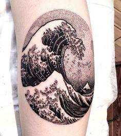 Tattoo+Dot+work:+des+vagues+dans+le+style+estampe+japonaise