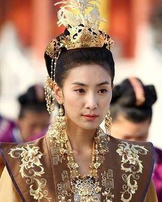 Korean Princess, Empress Ki, Princess Hairstyles, Korean Dress, Very Long Hair, Korean Actresses, Traditional Dresses, Traditional Chinese, Hair Pieces