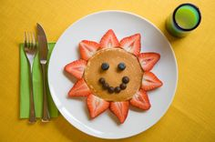 Elephant pancakes    Turn your regular round pancakes into nutritious roaring elephants with the help of fresh fruit.