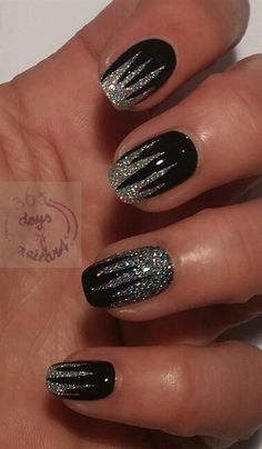 nail art silver and white electric design