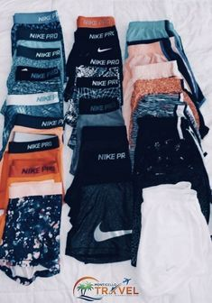 Damen, Bekleidungsgeschäfte, Erina Fair, Womens Clothes Shops, Marylebone Hi Cute Lazy Outfits, Casual Outfits, Cute Nike Outfits, Nike Outfits Tumblr, Cute Outfits With Sweatpants, Nike Workout Outfits, Cute Athletic Outfits, Batman Outfits, Fitness Outfits