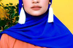 Zaryluq presents Tassle Earrings with Chiffon Hijab. Dewy Makeup with Hijab Fashion. Modesty With Confidence. Azure Blue and Burnt Sienna Orange. Modest Fashion, Hijab Fashion, Dewy Makeup, Modest Wear, Earring Trends, Industrial Style, Fashion Earrings, Confidence, Chiffon