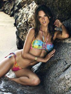 Alessandra Ambrosio Heats Up The Beach In Ále by Alessandra 2015 SwimwearShots - 3 Sensual Fashion Editorials | Art Exhibits - Anne of Carversville Women's News