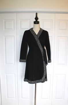 Small 1980s Classic Party Dress Black Velvet Silver Skirt 50s Style Vintage Dress Short Sleeve Side Bow Ruched New Years High Waist Low Back