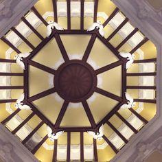 東京駅屋根裏