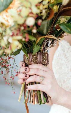 93 Beautiful Wedding Bouquet Wraps | HappyWedd.com