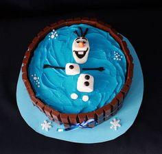 Olaf in a Kit-Kat Cake   3rdRevolution