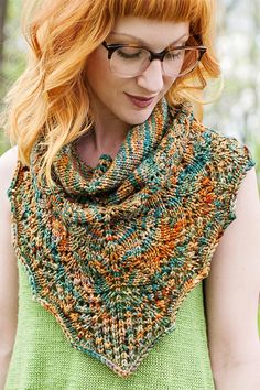 Knitting Pattern for Rochambeau Cowlette - Lace cowl designed to mimic the look of a draped shawl. Written for 2 gaugest - fingering and chunky (pictured) weight yarn. Designed by Carina Spencer who lives in Kansas City like me!