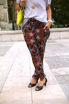 Merci au blog Chroniques en catimini /  Pantalon NAF NAF