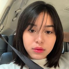 safety first 🚗 Claudia Barretto, Short Hair Cuts, Short Hair Styles, Jessica Jung, Instagram, Safety, Icons, Bob Styles, Security Guard