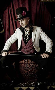 The Sadistic Sideshow of Ringmaster Roberts – Teaser Cabaret, Steampunk Circus, Steampunk Men, Circus Theme, Circus Party, Poses, Vintage Circus Costume, Art Du Cirque, Circus Fashion