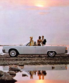 1964 Lincoln Continental Convertible in Actic White
