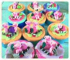 Birthday Souvenir. Piggie. Cookies Jar. Felt. Handmade.