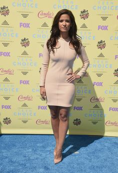 Teen Choice Awards 2015: 5 Seconds of Summer, more celebrities hit the red carpet (photos) | cleveland.com. It's not my favorite but its not bad. Love! Love! Love!