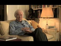 'Beacons at Bealtaine' | 11 Videos Of Seamus Heaney Reading His Poems Aloud