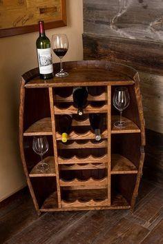 Wine barrel wine sto  Wine barrel wine storage.