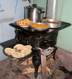 Cocina de le a antigua estufas y cocinas antiguas - Fotos de cocinas de lena antiguas ...