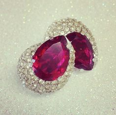 Vintage Earrings // Red Teardrops with Sparkly Rhinestones