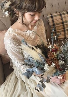 Dress Hairstyles, Wedding Hairstyles, Vintage Dresses, Nice Dresses, Japanese Wedding, Hair Arrange, Tie The Knots, Wedding Images, Bouquet