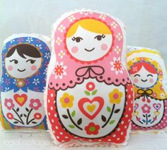 Organic Russian Dolls  Set of 3   Baby Rattles  por RegalCottage