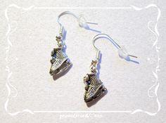 c075 SCHLITTSCHUHE, c041 BOTTLE OPENER, (wanna buy something like this? Earrings, (Earhooks), pendant or Charms? ask me: Mondcatze@fantasymail.de)
