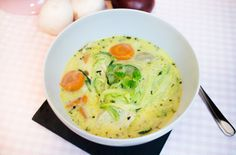lowcarb_cremige_haehnchen_suppe