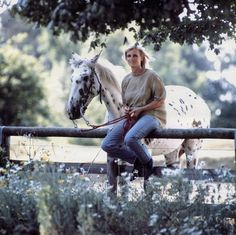 This blog is dedicated to the beautiful Linda McCartney, a devoted mother and wife, animal rights...