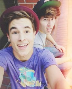 Kian Lawley and Jc Caylen: some of my favorite youtubers since like a couple months ago❤️❤️❤️❤️