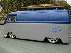 VW Bus..Re-pin brought to you by agents of #carinsurance at #houseofinsurance in Eugene, Oregon ♠ re-pinned by http://www.wfpblogs.com/author/thomas/